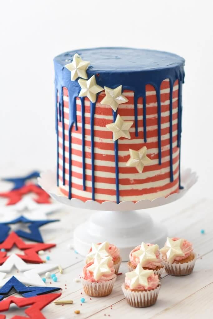 cupcakes near cake ideas