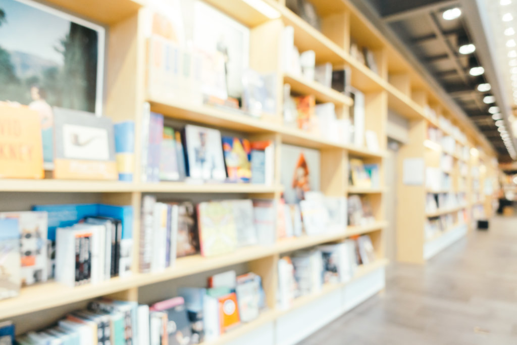 avoid selling textbooks to university bookstores
