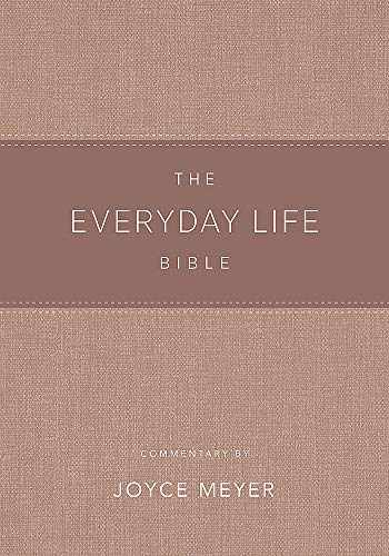 9781478922940-147892294X-The Everyday Life Bible Blush LeatherLuxe®: The Power of God's Word for Everyday Living